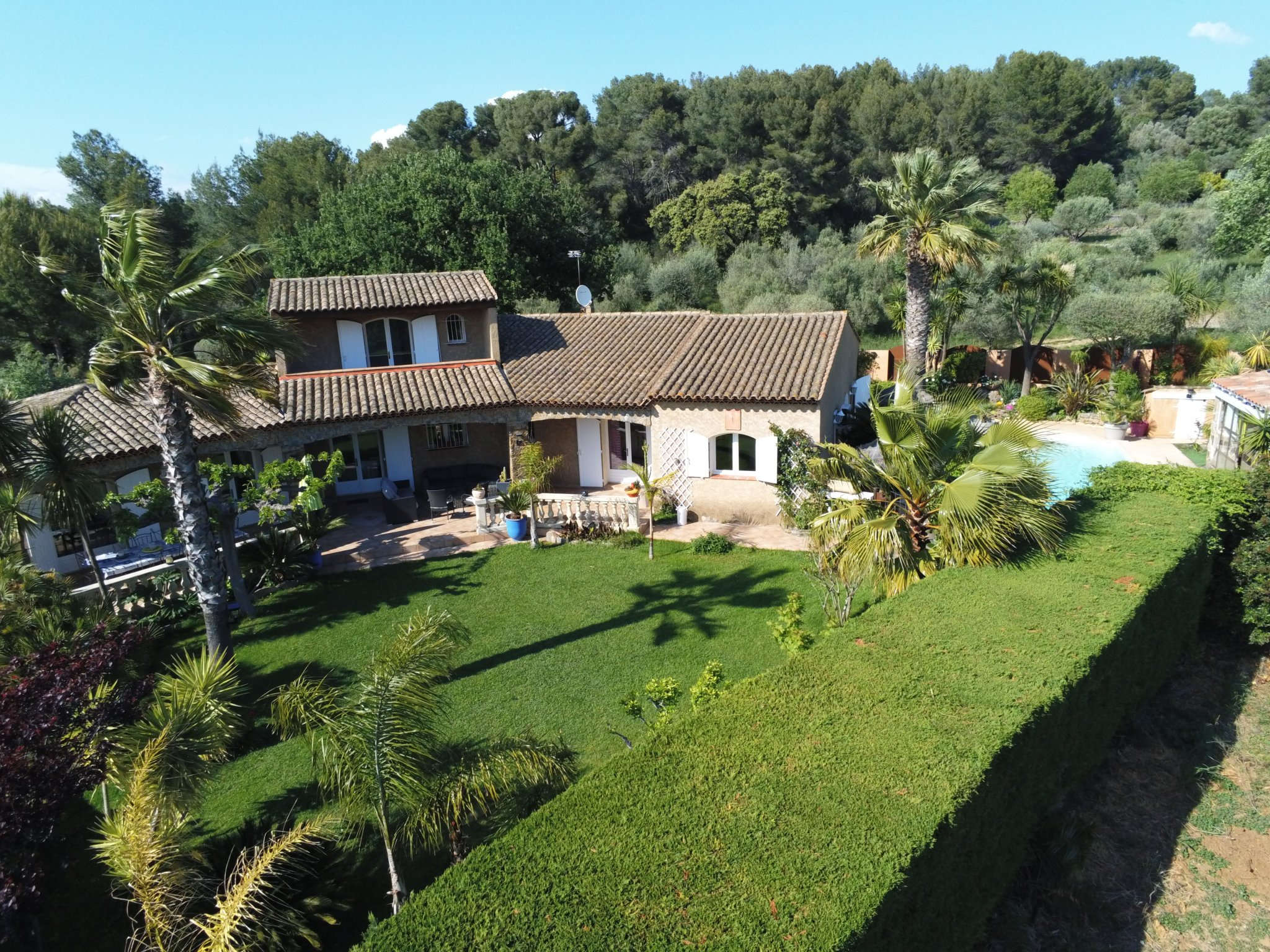 For sale House La moutonne