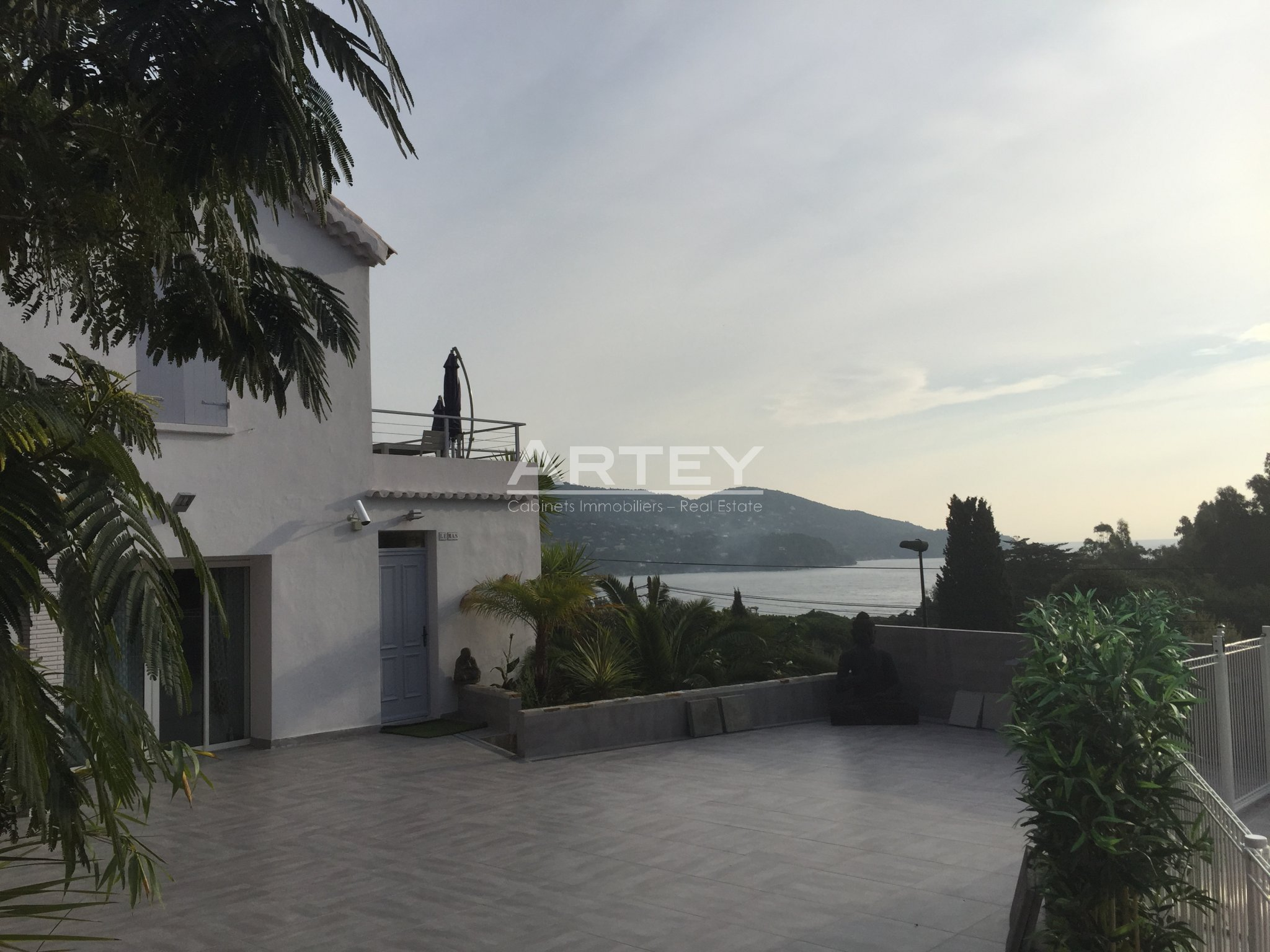For sale Building Le Lavandou