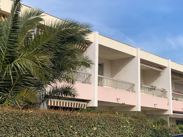 For rent Apartment Carqueiranne