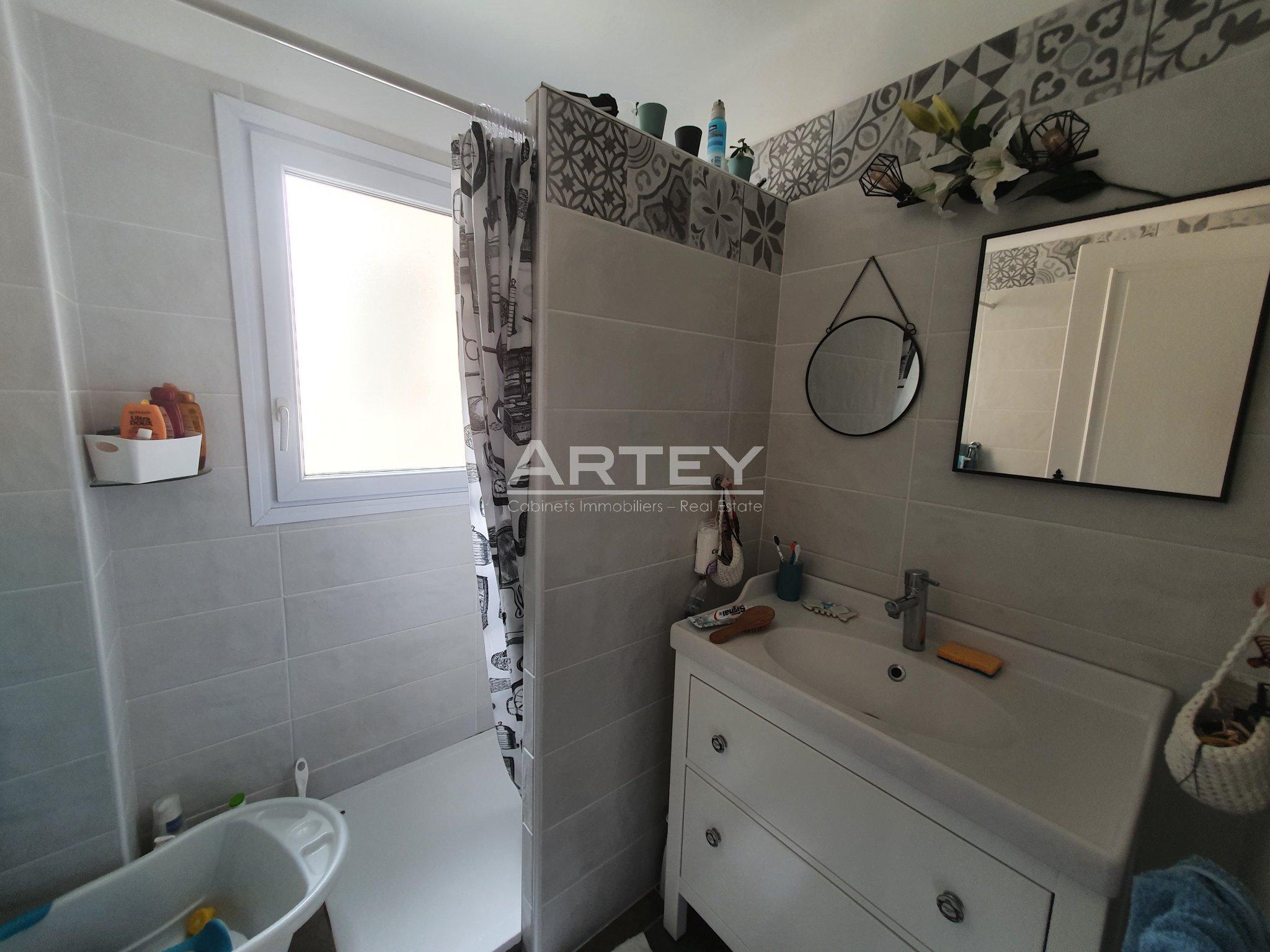Appartement - Carqueiranne 83320