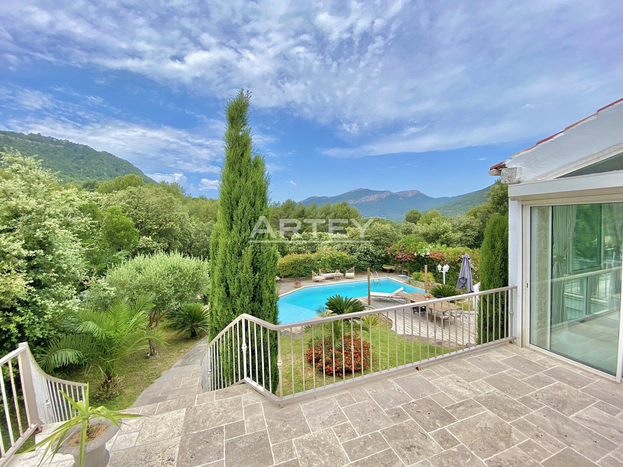 Maison-Villa - La Valette-du-Var 83160