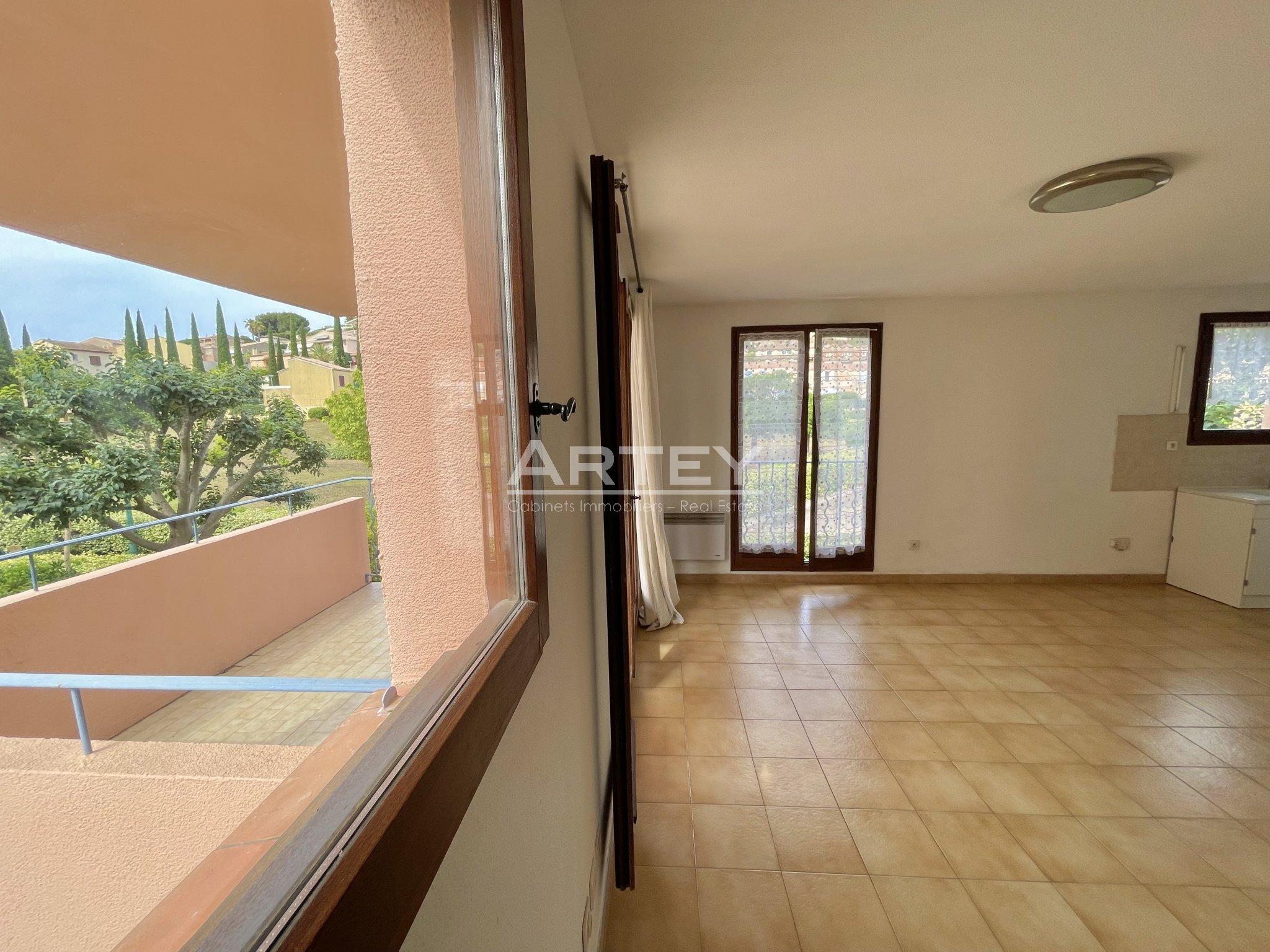 Vente Appartement Carqueiranne