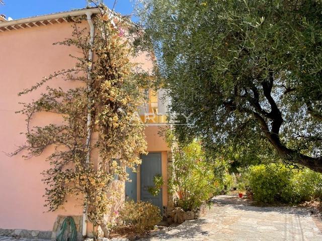 Maison-Villa - Hyeres plage 83400