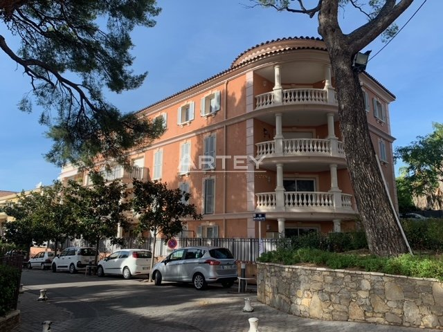 Location Appartement Carqueiranne
