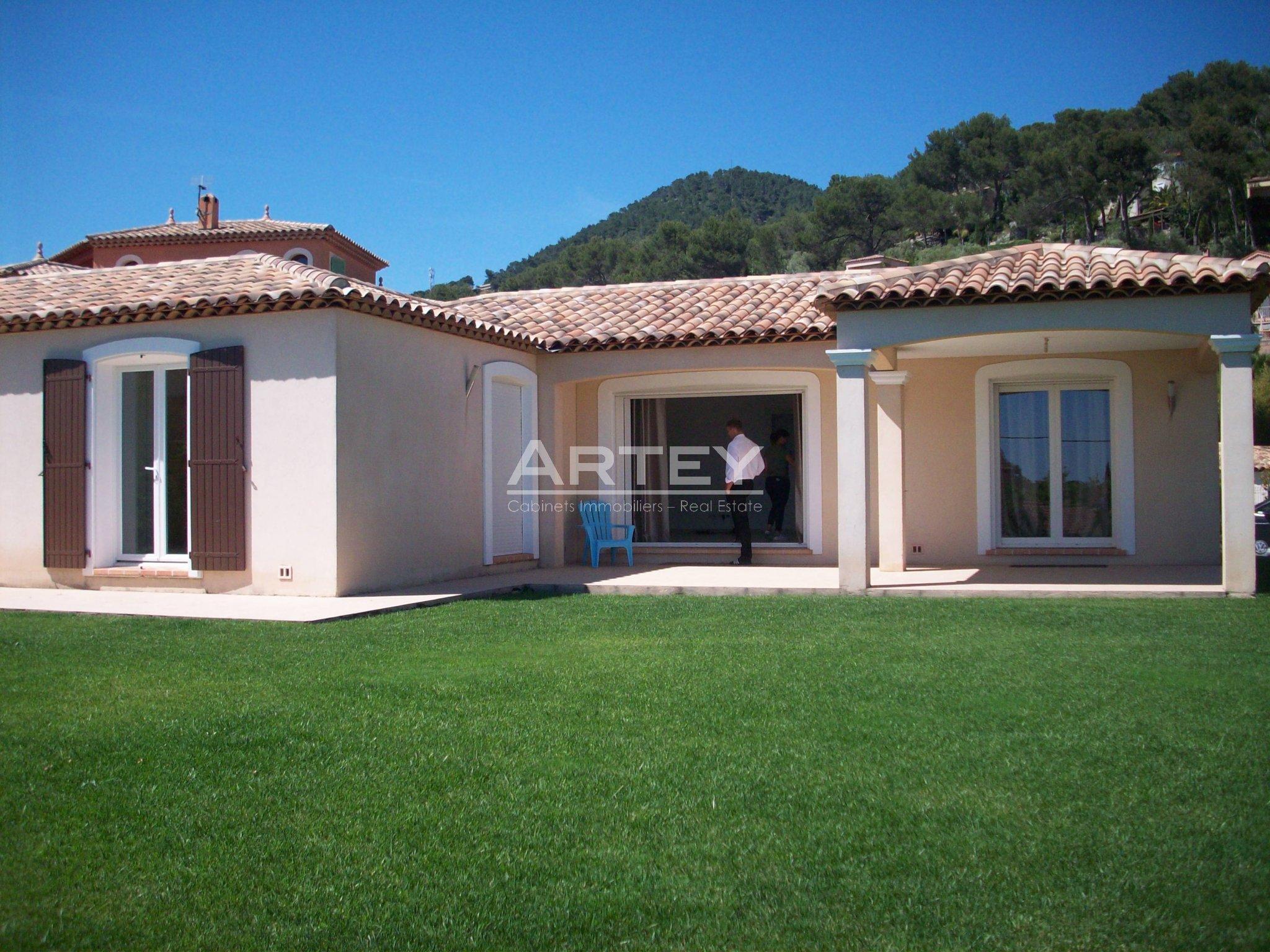 Location Maison-Villa Carqueiranne